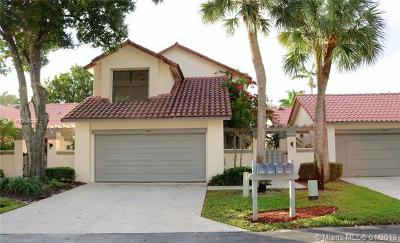Boca Raton Single Family Home For Sale: 5536 Eton Ct