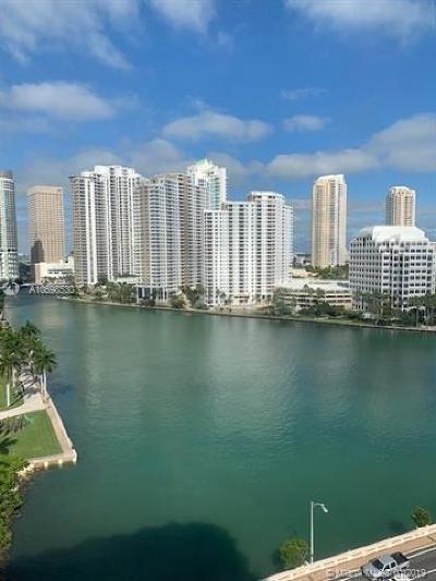 Miami Condo For Sale: 801 Brickell Bay Dr #1571