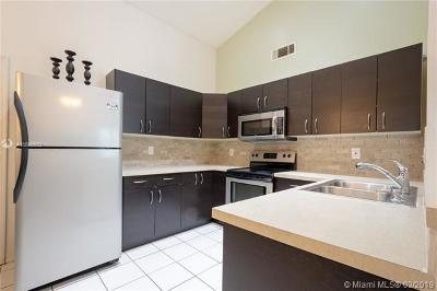 Pembroke Pines Single Family Home For Sale: 1321 SW 85th Ave