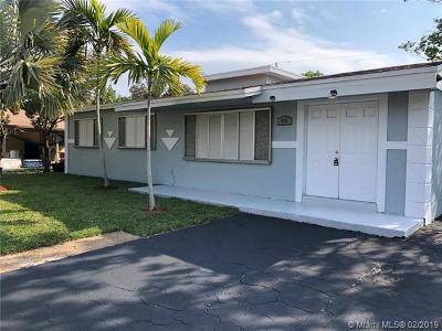 Pompano Beach Single Family Home Active With Contract: 40 NE 21st Ct