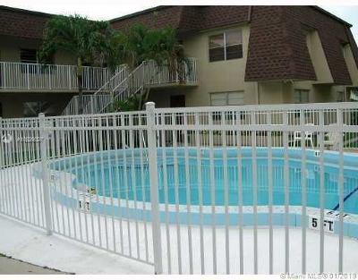 Dania Beach Condo For Sale: 4522 SW 54th St #803-K