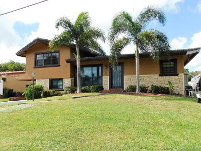 Fort Lauderdale Single Family Home Active With Contract: 2655 Marathon Ln