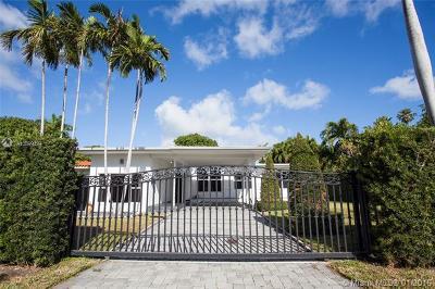 Miami Beach Single Family Home For Sale: 1525 Calais Dr