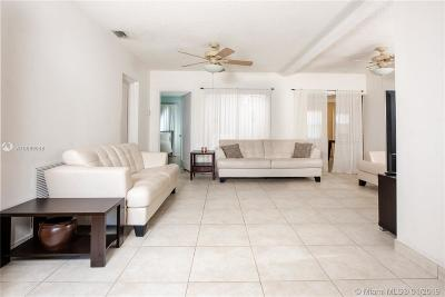 North Miami Single Family Home For Sale: 13205 NE 12th Ave