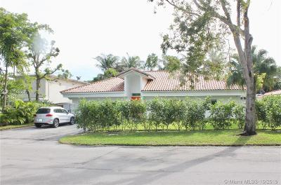 Key Biscayne Single Family Home For Sale: 188 W Mashta Dr