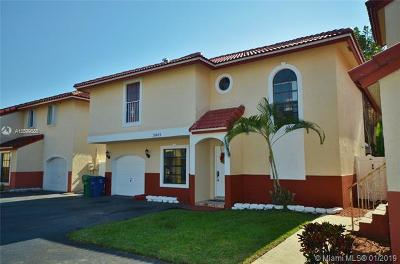 Miramar Single Family Home For Sale: 3445 Foxcroft Rd