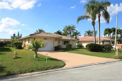 Tamarac Single Family Home For Sale: 7043 NW 106th Ave