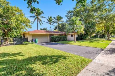 Single Family Home For Sale: 15525 SW 87th Ave