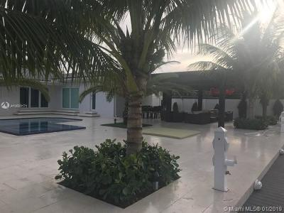 North Miami Single Family Home For Sale: 2245 Arch Creek Dr