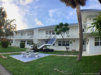 North Miami Beach Condo For Sale: 1471 NE 170th St #223A
