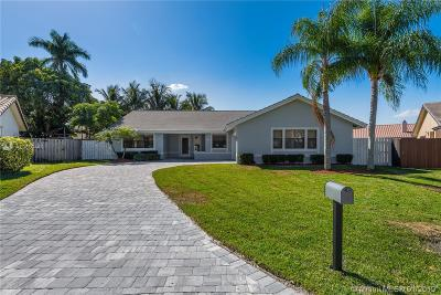 Davie Single Family Home For Sale: 6821 W Longbow Bend