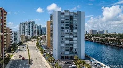 Hollywood Condo For Sale: 1400 S Ocean Dr #1207