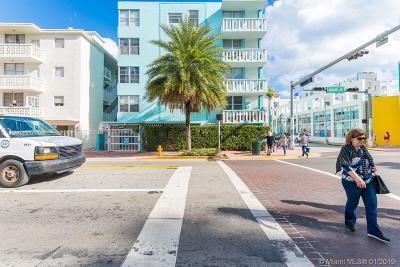 Miami Beach Condo For Sale: 701 Collins Ave #1A