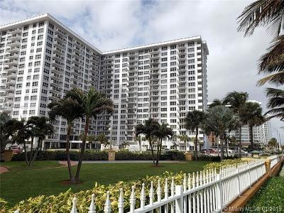 Pompano Beach Condo For Sale: 405 N Ocean Blvd #423