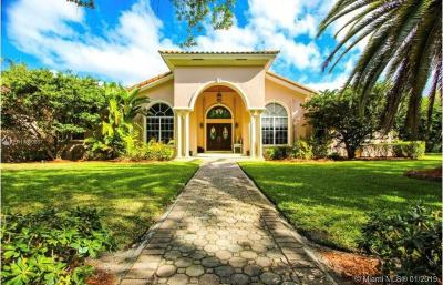 Miami Single Family Home For Sale: 8301 SW 64th St