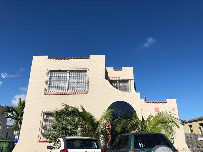 Miami-Dade County Multi Family Home For Sale: 1521 NW 8th St