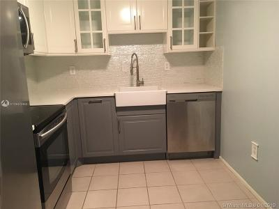 Plantation Condo For Sale: 7300 NW 17th St #314