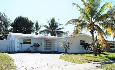 Broward County Single Family Home For Sale: 7620 Sunset Strip