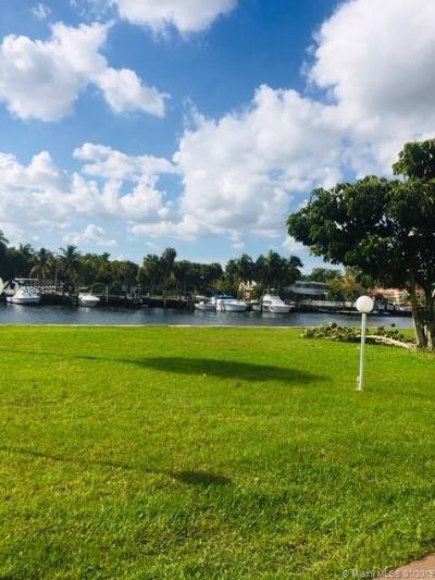 Hallandale Condo For Sale: 601 Three Islands Blvd #103
