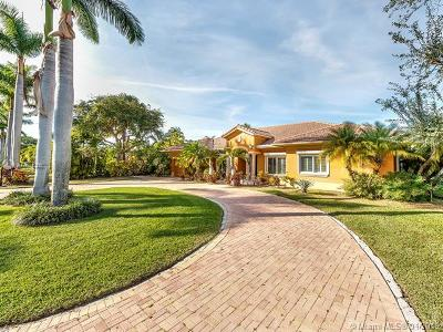 Cutler Bay Single Family Home For Sale: 8217 SW 193rd St