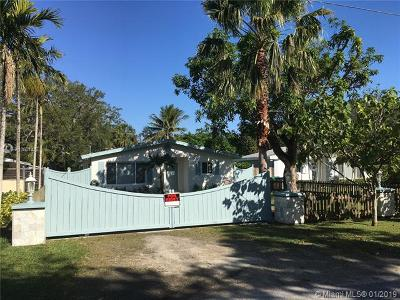 Single Family Home For Sale: 7265 SW 167 St