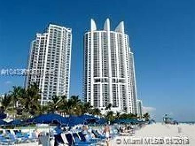Sunny Isles Beach Condo For Sale: 18201 Collins Ave #2002