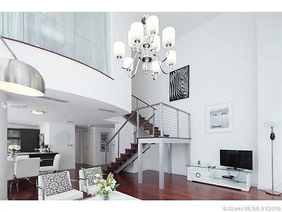 Miami Condo For Sale: 200 Biscayne Blvd Wy #302-303