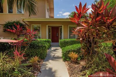 North Miami Single Family Home For Sale: 19200 NE 20th Ct