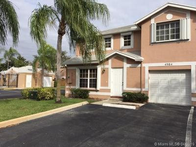 Cooper City Condo Active With Contract: 4984 SW 123rd Ave