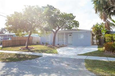 Oakland Park Single Family Home For Sale: 5141 NE 4th Ave