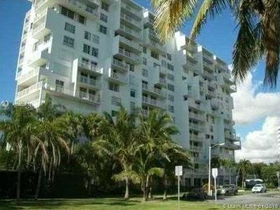 Miami-Dade County Condo For Sale: 150 SE 25 #6E