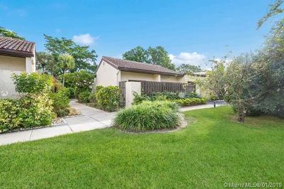 Boca Raton Condo For Sale: 21888 Cypress Cir