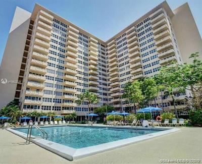 Broward County Condo For Sale: 3333 NE 34th #1609