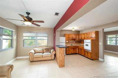 Miramar Single Family Home For Sale: 3211 SW 66th Ter