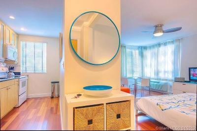 Miami Beach Condo For Sale: 420 15th St #208