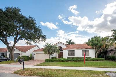 Davie Single Family Home Active With Contract: 9262 N Southern Orchard Rd N