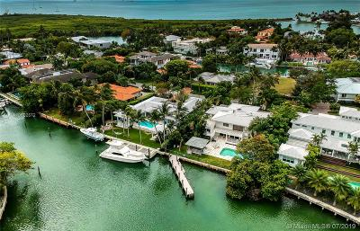 Key Biscayne Single Family Home For Sale: 945 Mariner Drive
