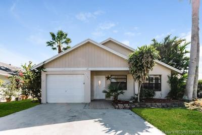 West Palm Beach FL Single Family Home For Sale: $205,000