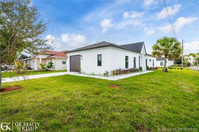 West Palm Beach FL Single Family Home For Sale: $334,900