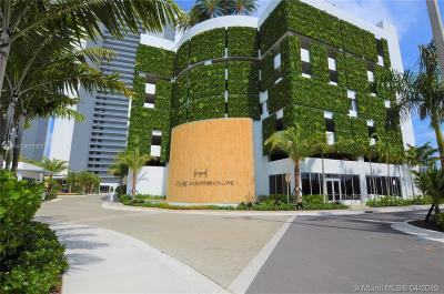 Aventura Condo For Sale: 16385 Biscayne Blvd #917