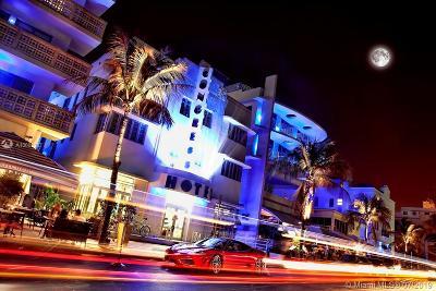 Miami Beach Condo For Sale: 1052 Ocean Dr #C303