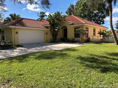 Jupiter Single Family Home For Sale: 165 Hampton Pl