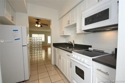 Miami Beach Condo For Sale: 641 Espanola Way #11