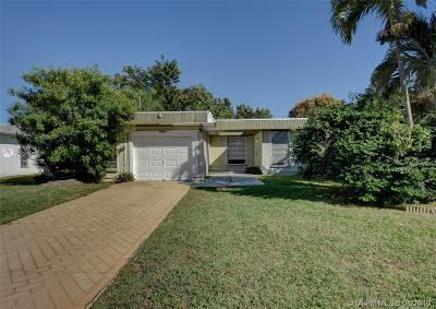 Tamarac Single Family Home For Sale: 6304 NW 74th Ave