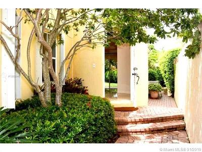 Hollywood Condo For Sale: 831 Spinnaker #831