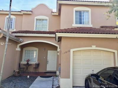Miami FL Single Family Home For Sale: $319,900