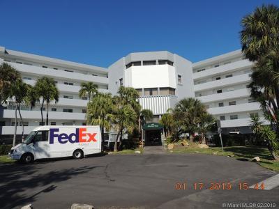 North Miami Beach Condo For Sale: 4000 NE 170th St #404