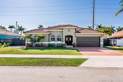 Miami FL Single Family Home For Sale: $469,900