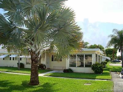 Boynton Beach FL Condo For Sale: $89,900