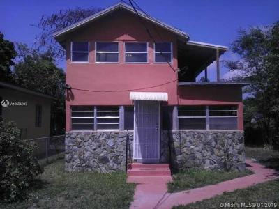 Miami FL Multi Family Home For Sale: $300,000